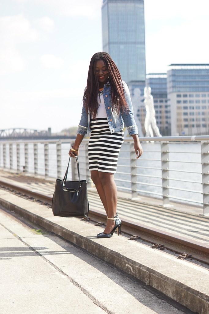 jeans jacket stripes streetstyle Lois Opoku lisforlois