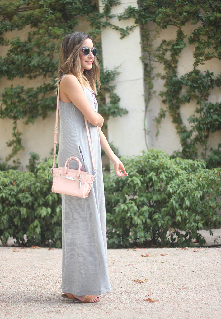 striped maxi dress summer comfy outfit02