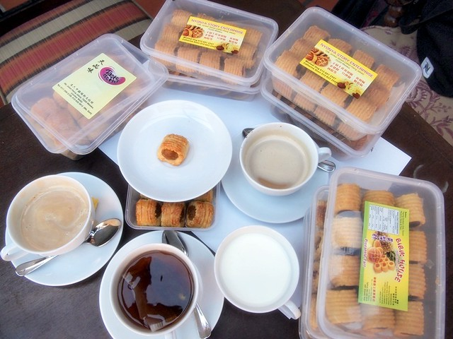 pineapple tarts in melaka - review rebecca saw blog