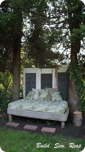Backyard Bed by buildsewreap3