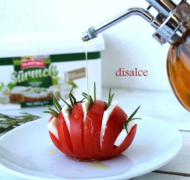 kahvaltılık peynirli domates