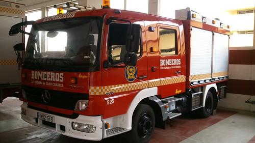 Bomberos de Canarias. 9308925529_f8957c91a2
