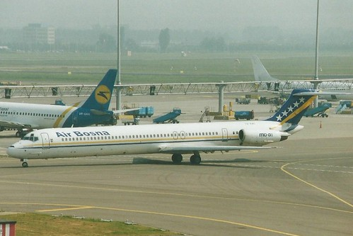 AMSTERDAM AUGUST 2003 AIR BOSNA DOUGLAS MD81 T9-AAC