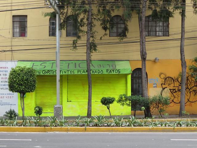ESTETICA Beto- cortes tintos planchado rayos; DF,Mexico 2013