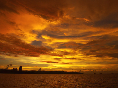 sunset sky orange sun yellow gold asia southeastasia gorgeous mosque malaysia borneo kotakinabalu malesia sabah asean kk southchinasea turneresque malaisie malaya malaisia malásia ماليزيا malasia kalimantan 馬來西亞 malaysianborneo likasbay maleisië มาเลเซีย マレーシア malezja eastmalaysia 马来西亚 southeasternasia jesselton malezya 大馬 말레이시아 apiapi greatersundaislands sundaislands malajsie malaezia malaizija malajzia malajzio malezija מלזיה மலேசியா 亚庇 малайзия citymosque 大马 مالزي masjidbandar малайзія μαλαισία easternmalaysia kotakinabalucitymosque malaesia sabahandsarawak mãlai westcoastdivision sabahtradecenter masjidbandarkotakinabalu natureresortcity malaísia מאַלײַזיע sabahdansarawak mãlaiá langenlat6003996lon116098366z13mbpermpoly5472131show5472131likasbay langenlat6003996lon11609836a