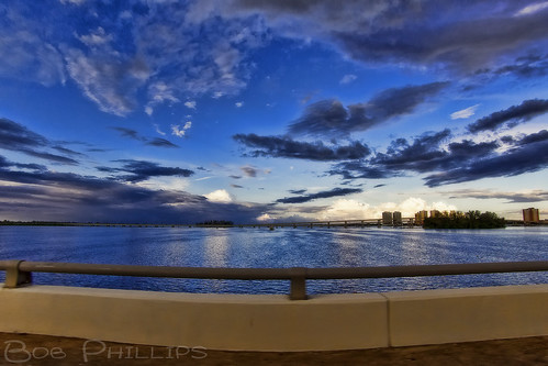 sunset clouds boats island florida palmtrees fortmyers caloosahatcheeriver