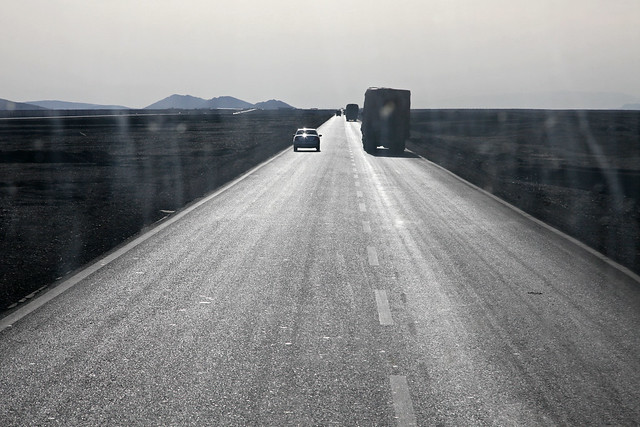 Shining highway from Turpan to Urumqi トルファン〜ウルムチ間の輝く高速道路
