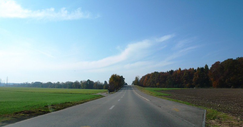 On the Road from Deitingen to Derendingen