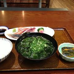 「めしスタンド ヒラヰ」刺身定食 明石家跡地の新店舗