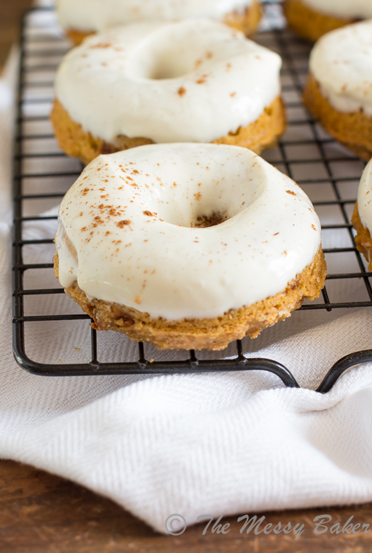 Skinny Pumpkin Cinnamon Chip Donuts with Maple Cream Cheese Glaze | www.themessybakerblog.com -8479