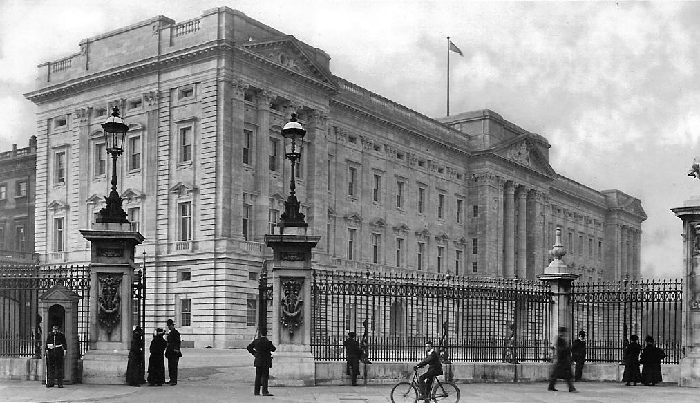 2. El palacio de Buckingham en 1914. Autor, Leonard Bentley