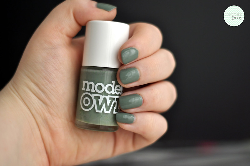 notd models own grace green nail polish rottenotter rotten otter blog