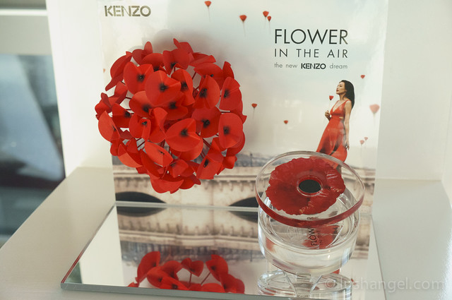 kenzo-dream-flower-in-the-air