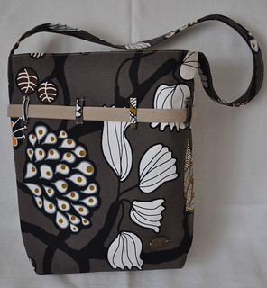Tote and Shoulder Bag in One