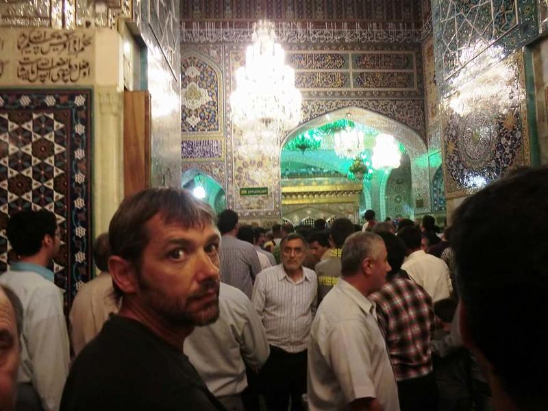 157 Sala del Interior de la mezquita de Iman Reza en Masshad. Foto de Majid Kharinkani (12)