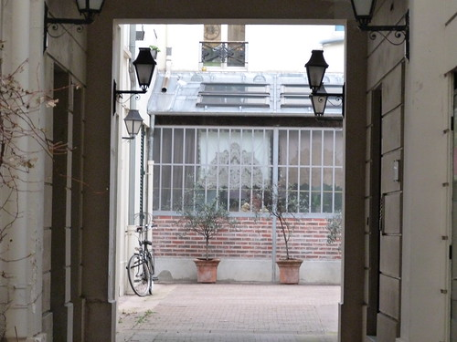 Courtyard witha bike