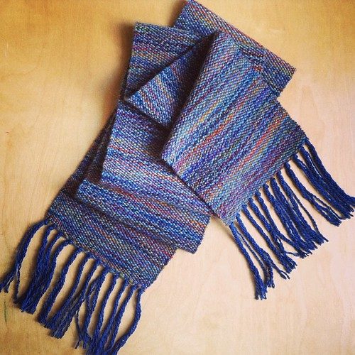 I forgot to post the finished scarf that I wove on the loom. I'm really happy with it. I want to weave another scarf next but I can't decide on the yarn. #loomweaving