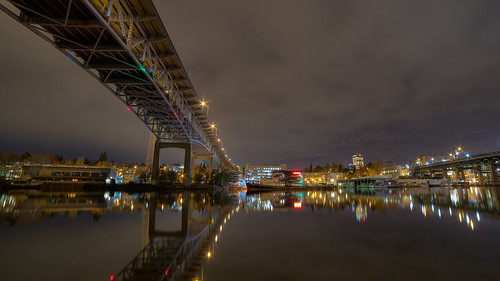 seattle city longexposure bridge reflection water night canon boats lights still cloudy wideangle calm structure shore lakeunion washingtonstate southpassagepointpark canoneos5dmarkiii samyang14mmf28ifedmcaspherical johnwestrock