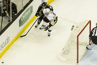 Matt Irwin high sticks Sidney Crosby