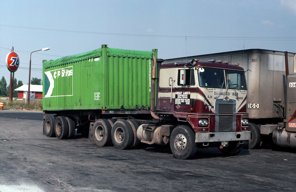 Jimh721s favorite flickr photos picssr great lakes express diamond reo cab over w cp ships container 1976 sciox Image collections