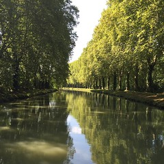 Canale #Aquitania #barca #ritmodelfiume #nofilter