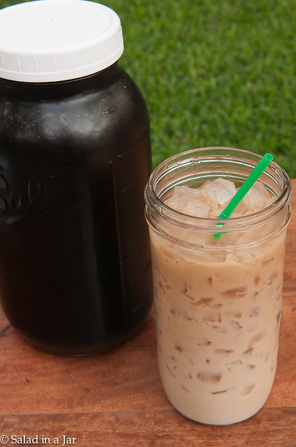 5 Mason Jars Stars For Your Kitchen - 1/2 gallon Mason glass jar filled with cold-brewed tea