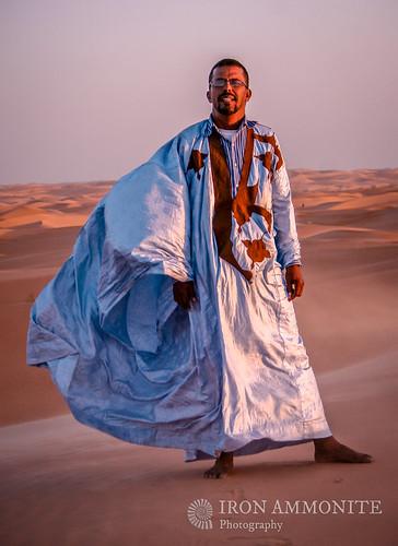 africa people sahara dunes mauritania mauretania chinguetti adrar
