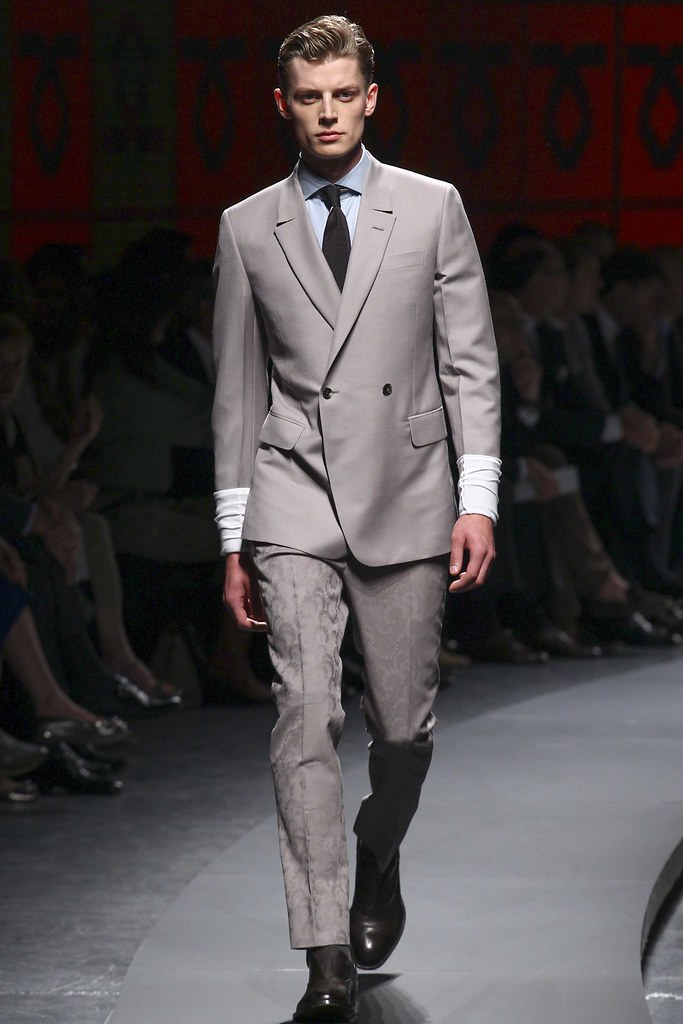 SS14 Milan Ermenegildo Zegna010_Janis Ancens(vogue.co.uk)