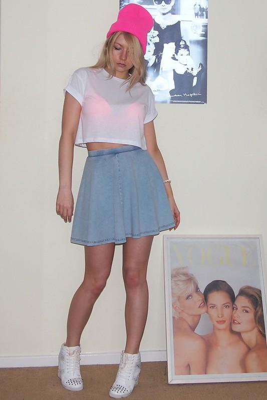 Topshop, Denim Mini Skirt, Circle Skirt, American Apparel Dupe, Primark, Neon, 90s, Beanie, Crop Top, Neon Bra, Boyfriend T-Shirt, Tee