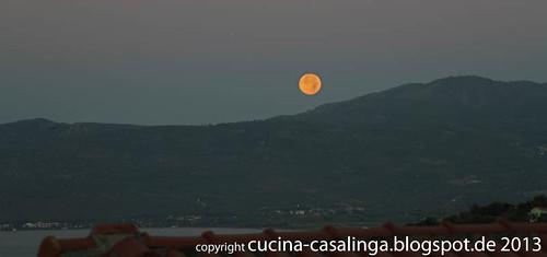 Mykali Mond morgens