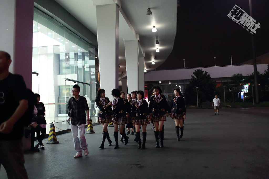 SNH48 花车冯薪朵 李艺彤 万丽娜