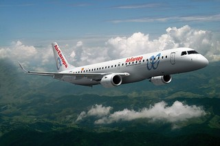 Embraer 195, de Air Europa, en vuelo.