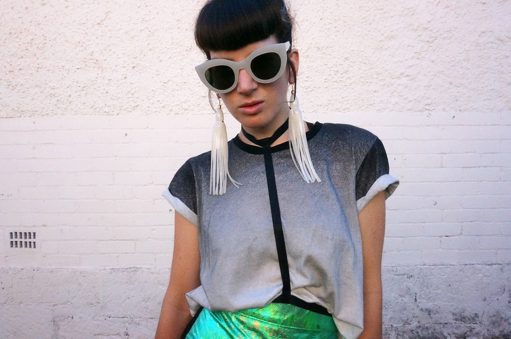 capnmueller-holographic-outfit-2