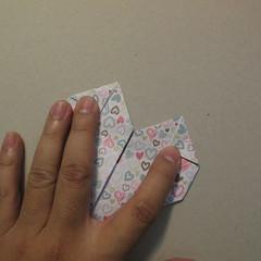 วิธีการพับกระดาษเป็นรูปหัวใจ 015