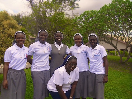 Our novices in Ghana, together with their novice mistress Veronica Buah SSL (front)