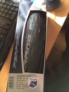 Schwalbe Durano Plus in 28-406 (20x1.10).