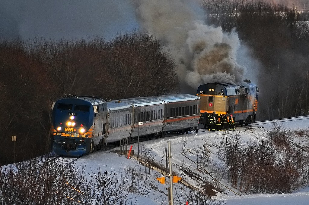 how to become a locomotive engineer via rail