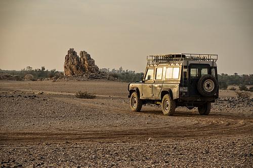 sahara archaeology nikon desert sudan landrover nubia d300