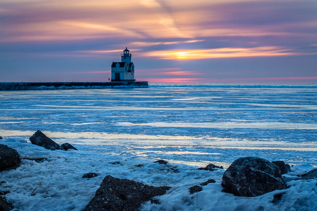 Sunrise, Winter, Cold, Ice, Lighthouse, Frozen, Kewaunee, Lake Michigan
