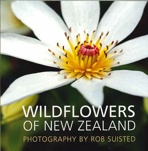 Trio of quick Kiwi reference books