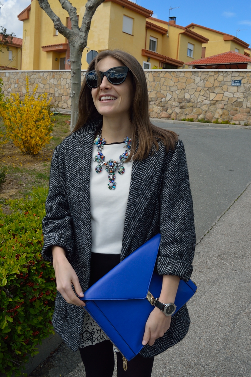 lara-vazquez-madlula-blog-blue-look-necklace