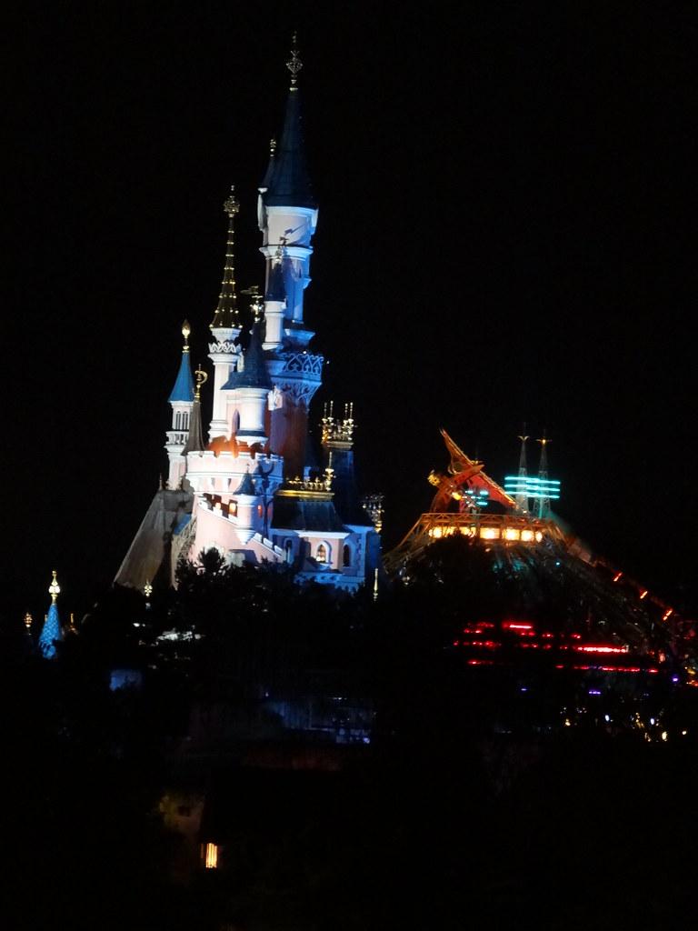 Un séjour pour la Noël à Disneyland et au Royaume d'Arendelle.... - Page 8 13902301251_b3796467ca_b