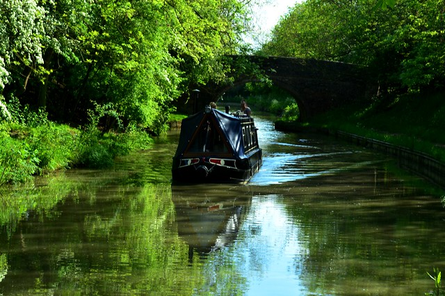 20140517-16_English Reflections_Narrow Boat