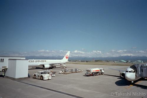小松空港から出発 / Depart from Komatsu airport