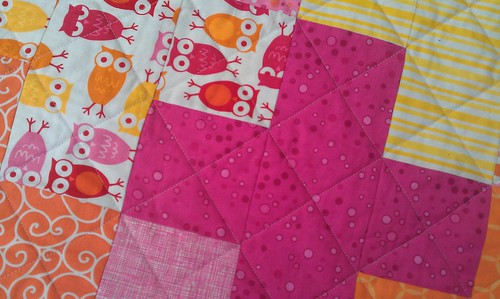 QUILTING - Crosshatch on plus quilt