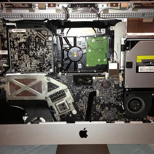 iMacさんの中、一年半ぶりくらいだわ。