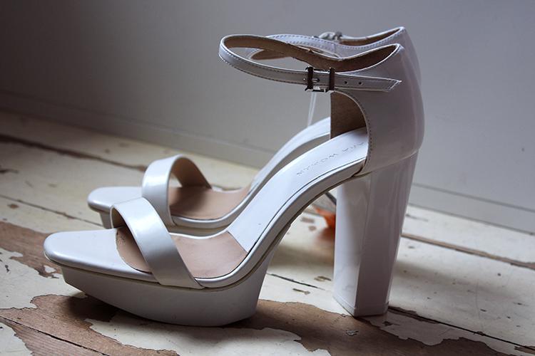zara_heels