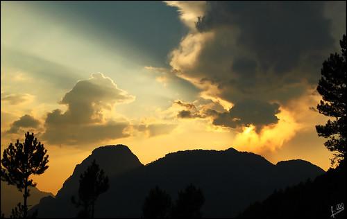 sunset sky clouds pindos σύννεφα pades ήλιου δυση ήλιοσ ακτίνεσ πίνδοσ πάδεσ λξ