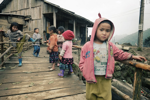 SaPa: Kids and Playground by PepperLok