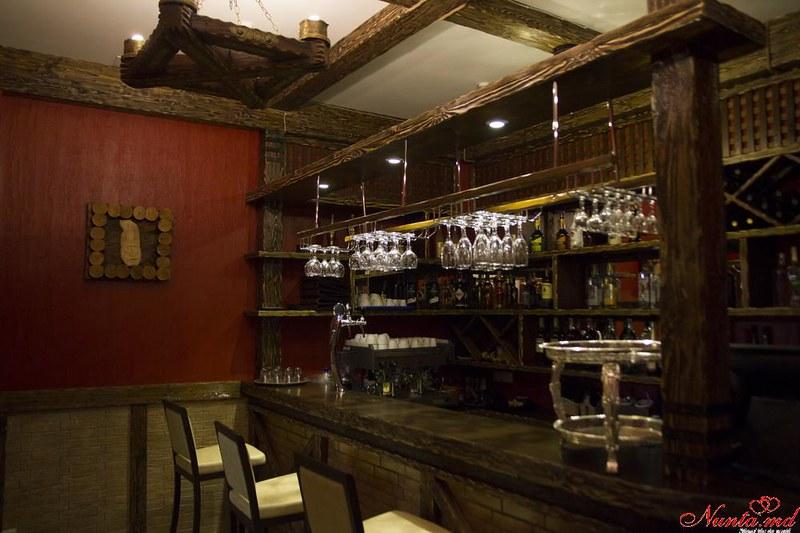 """Ресторан """"Curtea Domnească""""  > Bar, Terasă"""